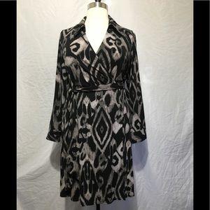 Black & Gray Design Long Sleeve Dress